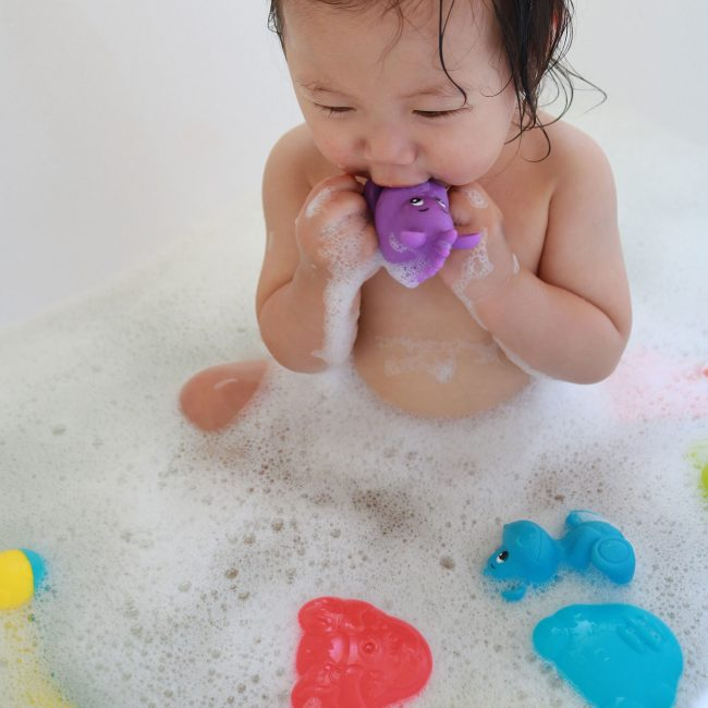 Bath-Time-Activity-Gift-Pack–3